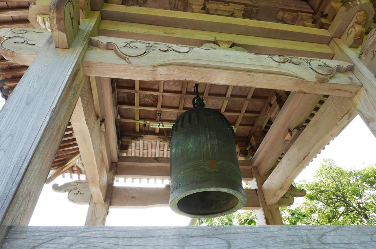 安楽寺梵鐘の画像