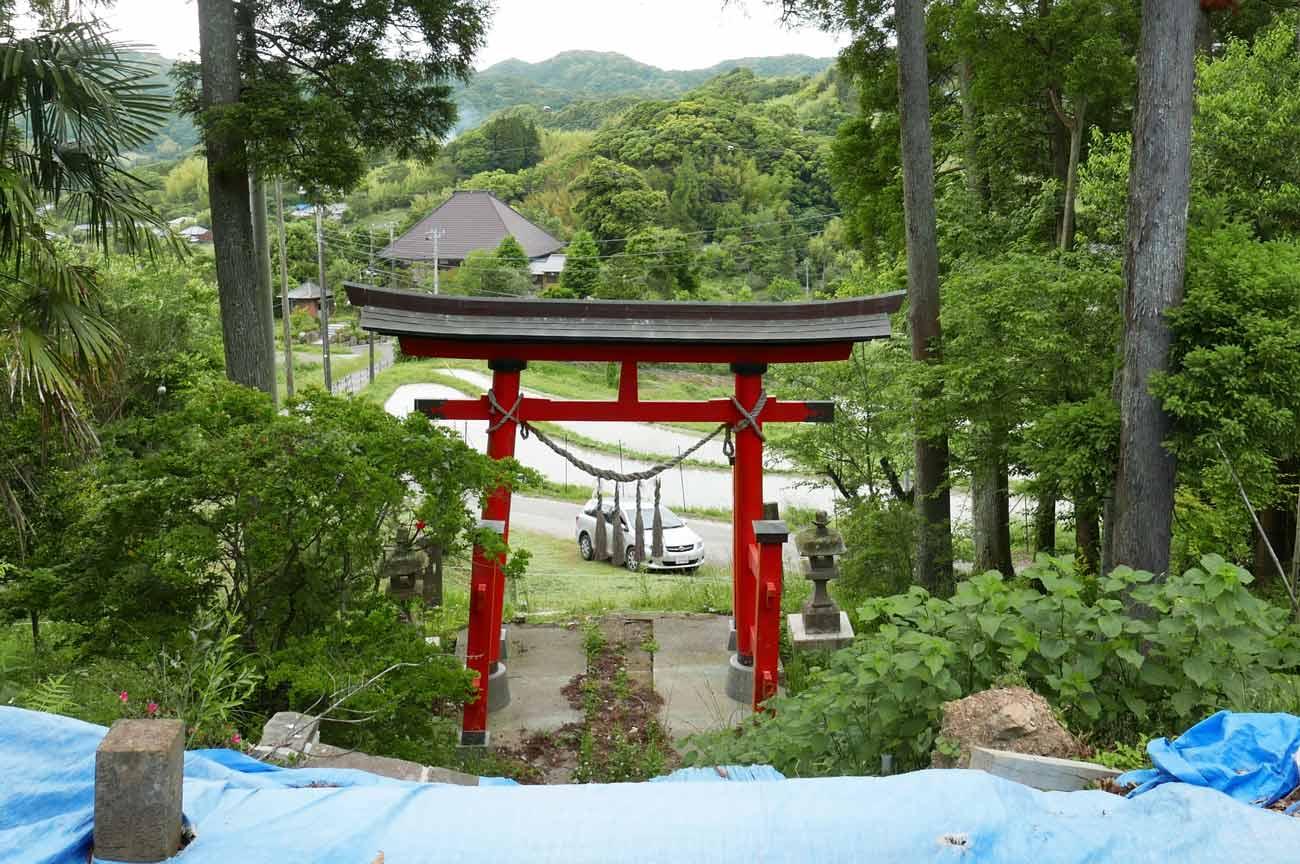 八幡神社の一の鳥居の画像