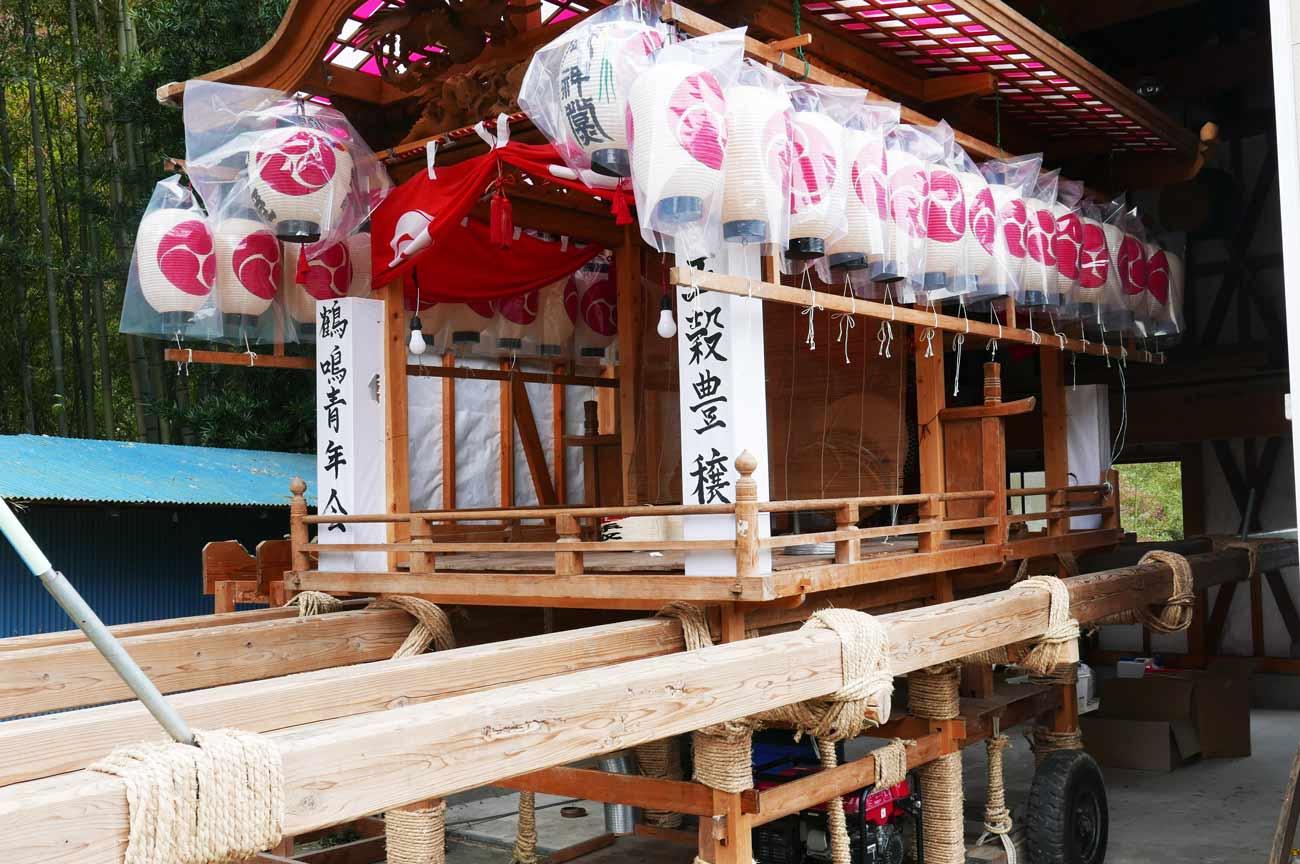 鶴鳴区の屋台(横)の画像