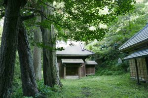 前田神社の拝殿の画像