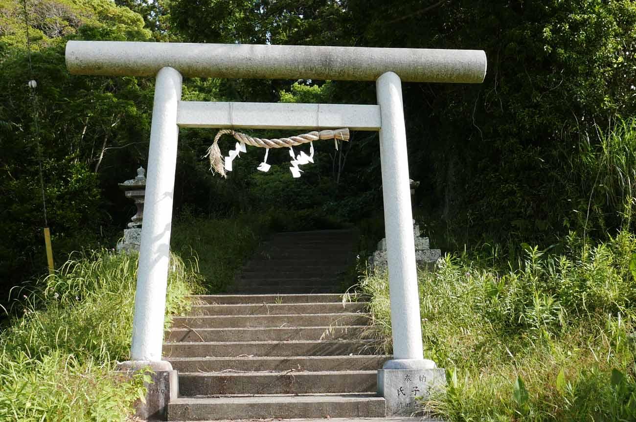 前田神社の鳥居の画像