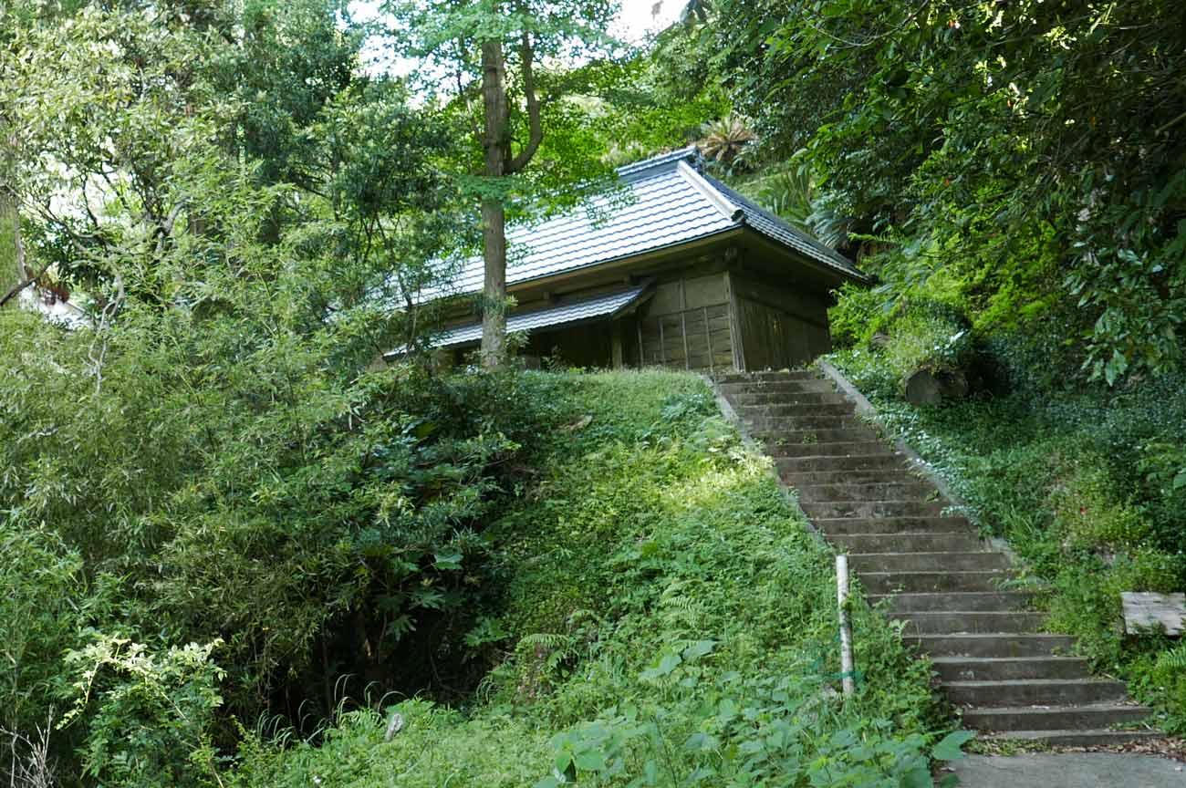 前田神社参道の階段画像