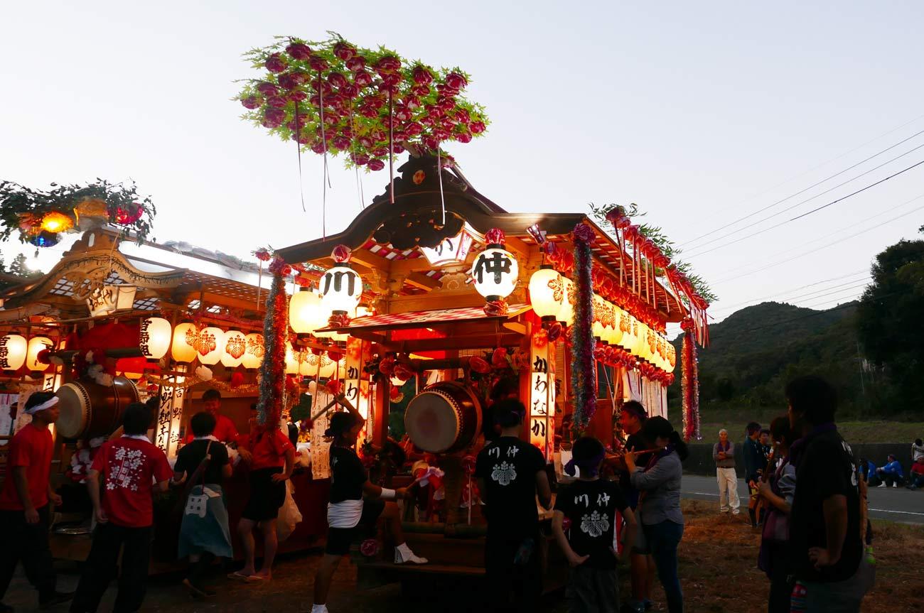 川仲の屋台の画像