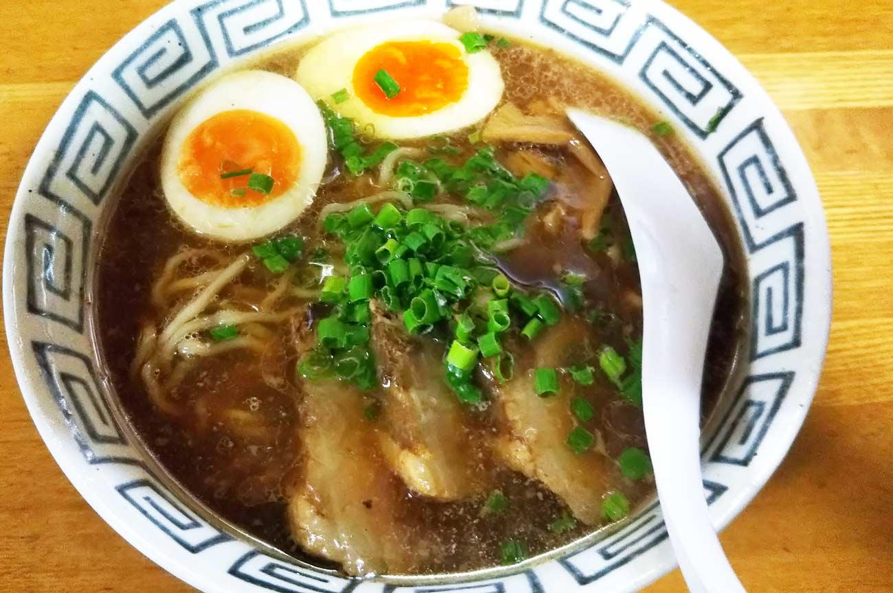 尾道ラーメン麺一筋の魂のラーメン(煮玉子付き)の画像
