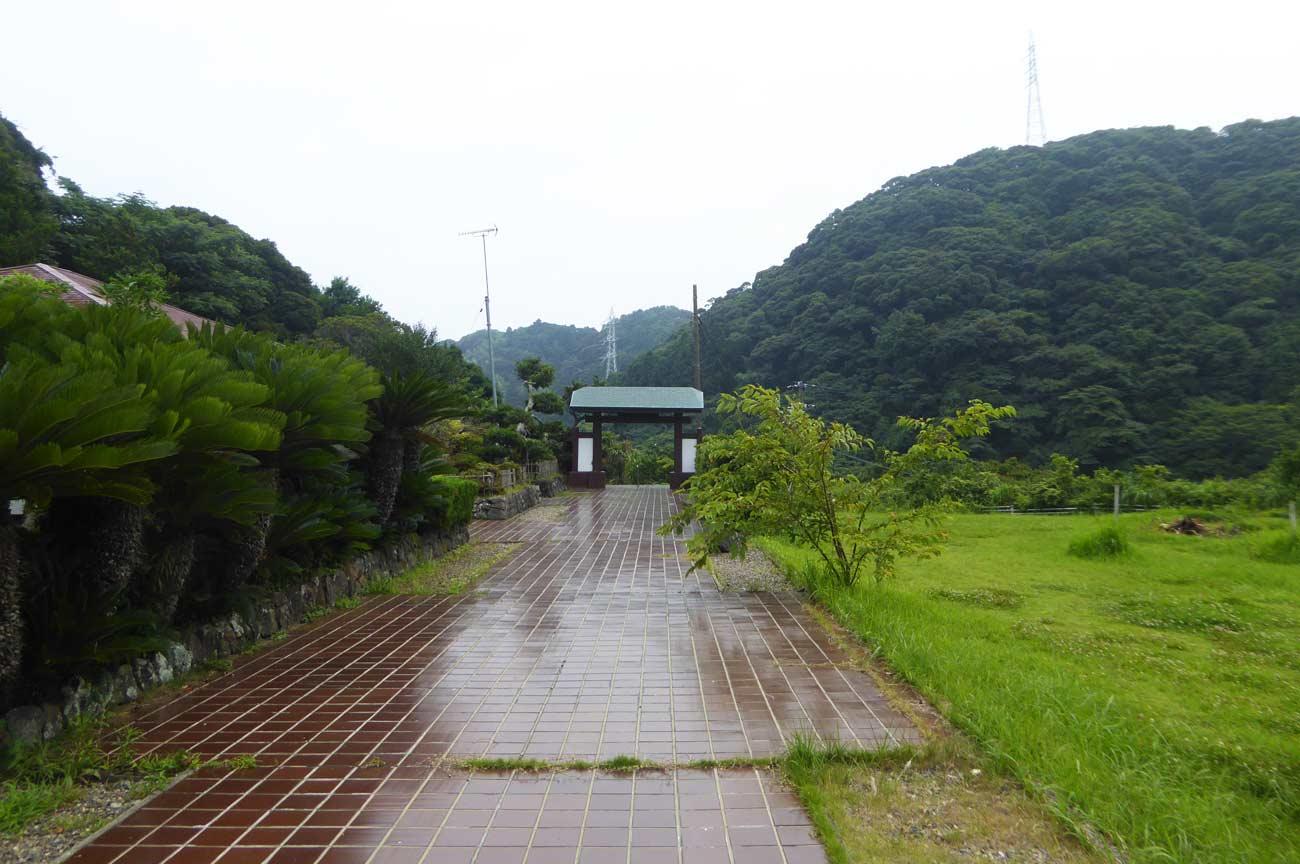 蓮生寺参道の画像