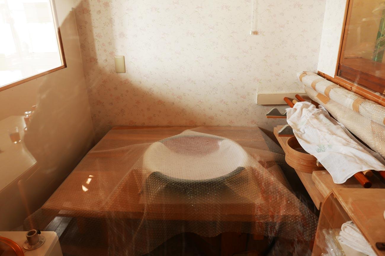 蕎麦を打つ部屋の画像
