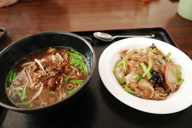 台湾ラーメン+中華丼の画像