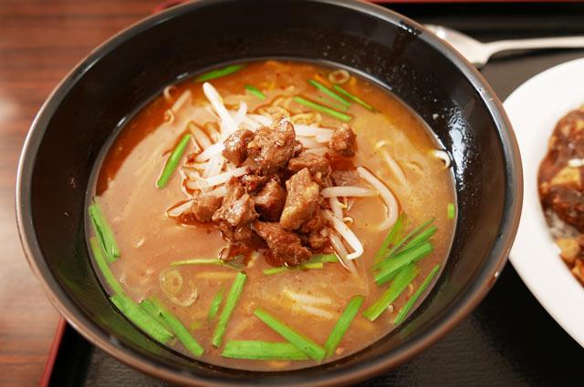 台湾豚骨ラーメン+麻婆豆腐セットの画像
