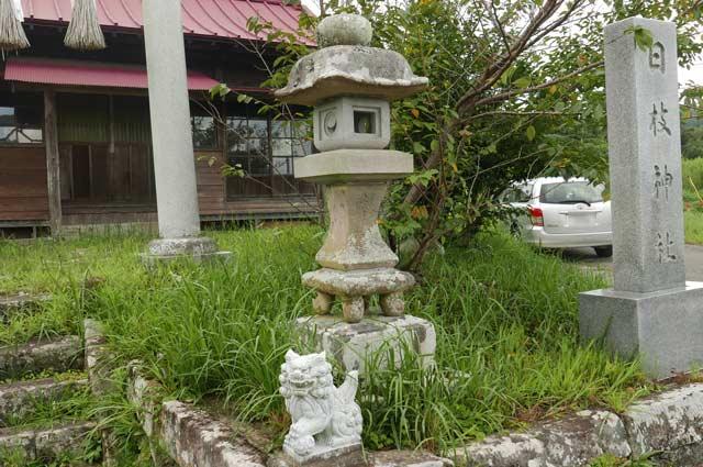 日枝神社常夜灯(右)の画像