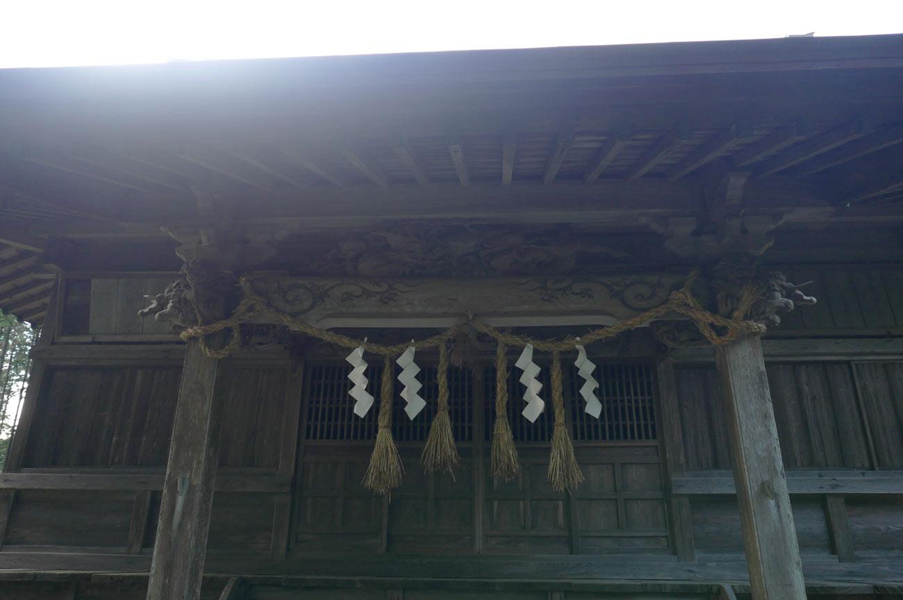 横山神社拝殿の画像