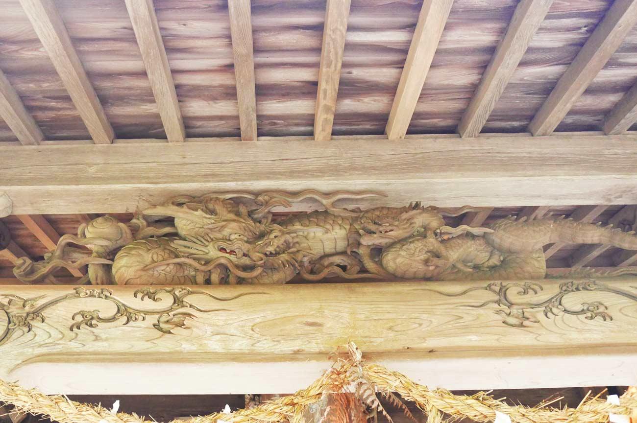 後藤喜三郎橘義信の龍の彫刻の画像