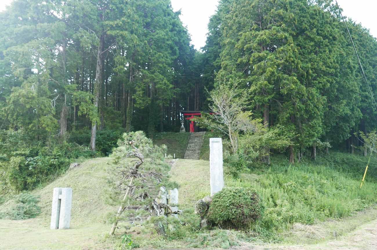横山神社入口の画像