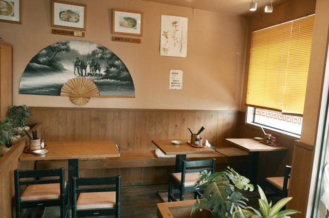 豊楽のテーブル席の画像