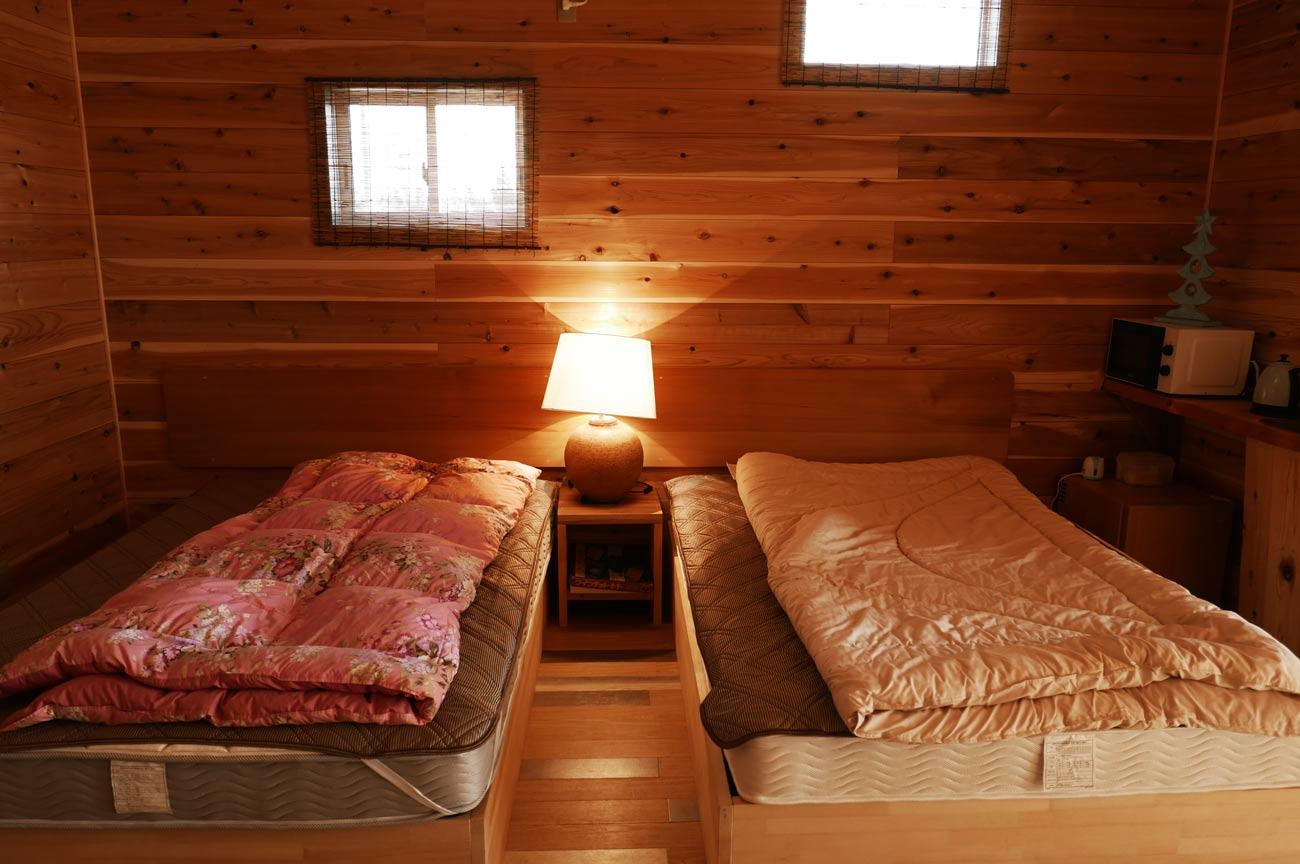 コテージの寝室の画像
