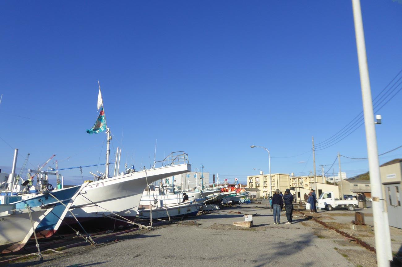 船揚場の船の画像