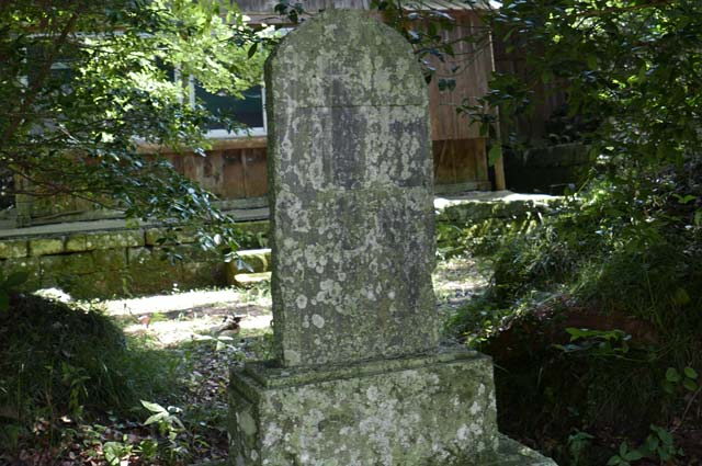 境内の石碑2の画像