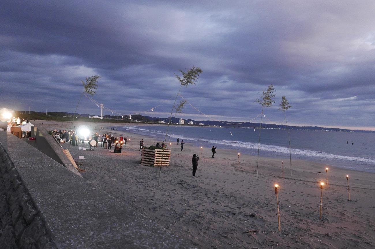 夜明け前の南千倉海岸の画像