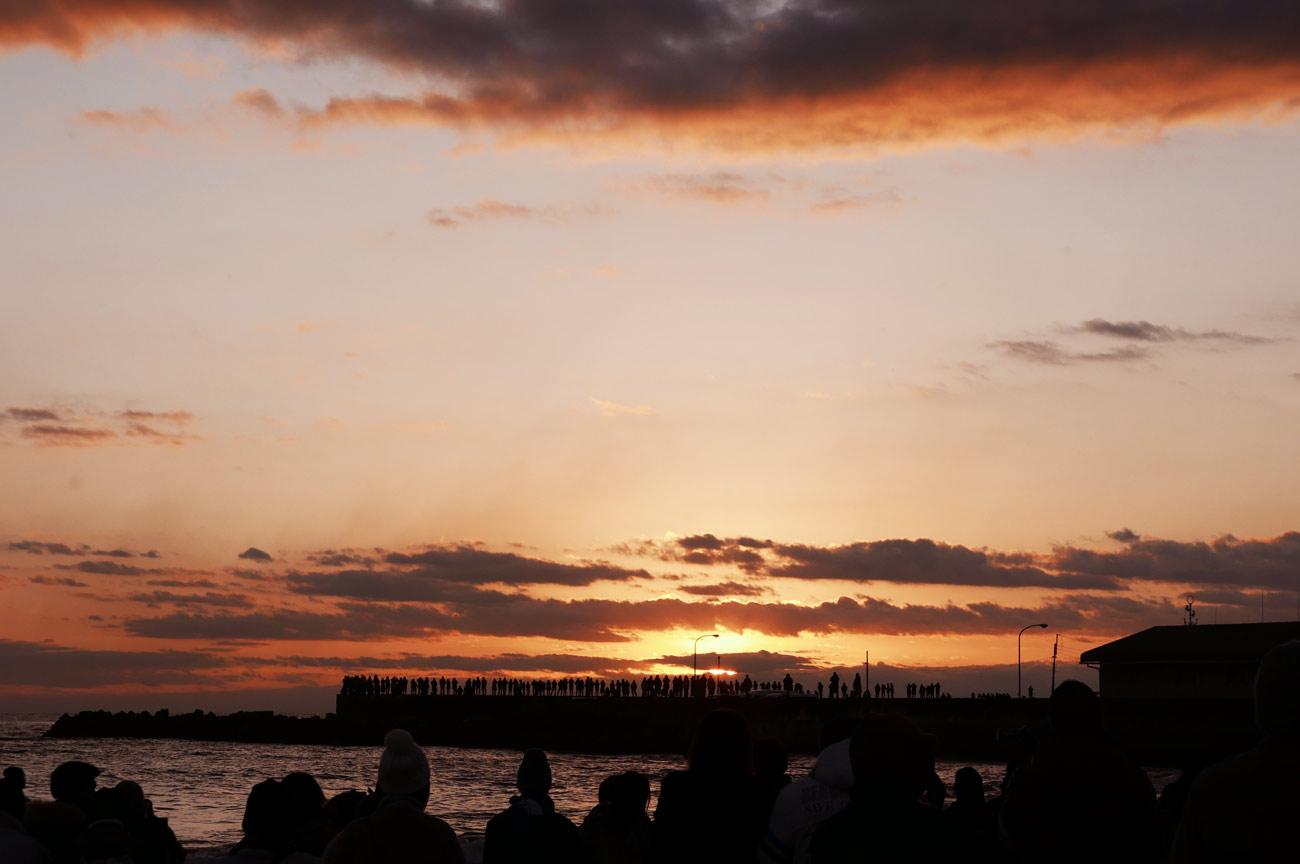 千倉港防波堤の初日の出の画像