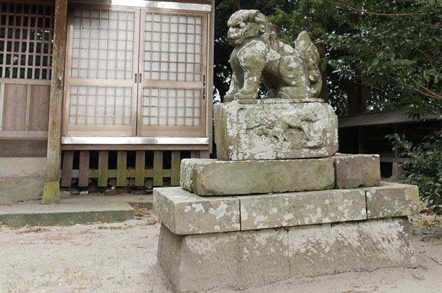 八坂神社の狛犬(右)の画像
