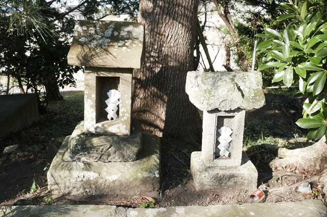 八坂神社の石祠の画像