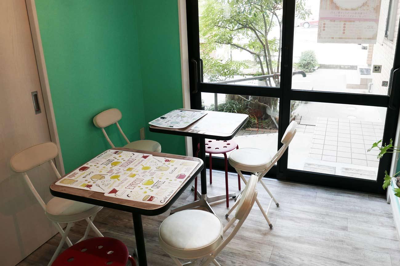 1階カフェの画像