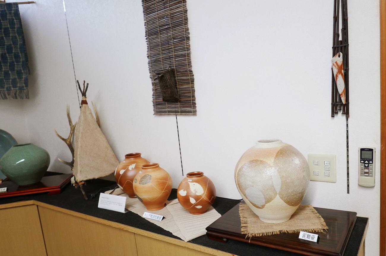 古信楽泥釉壷の画像