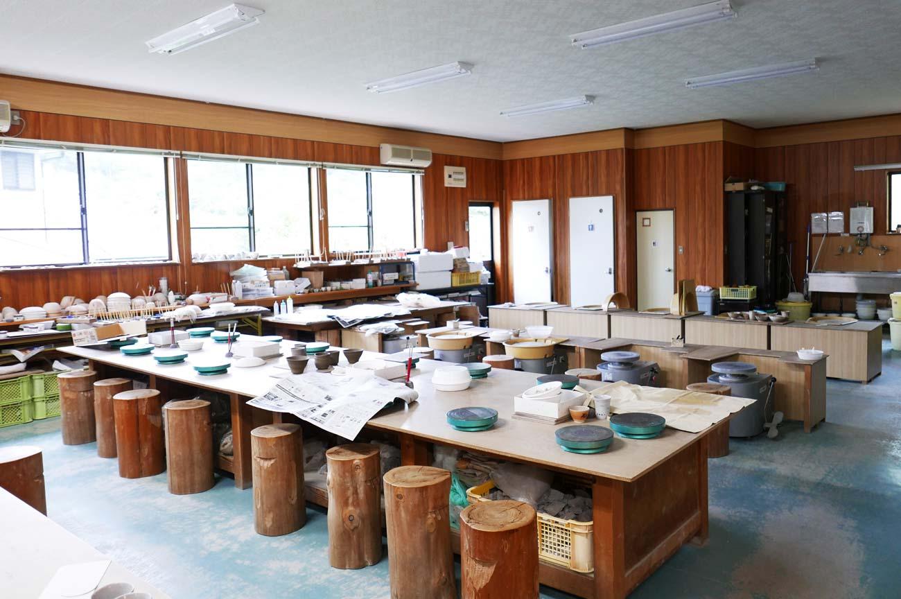 鴨川陶芸教室内部の画像