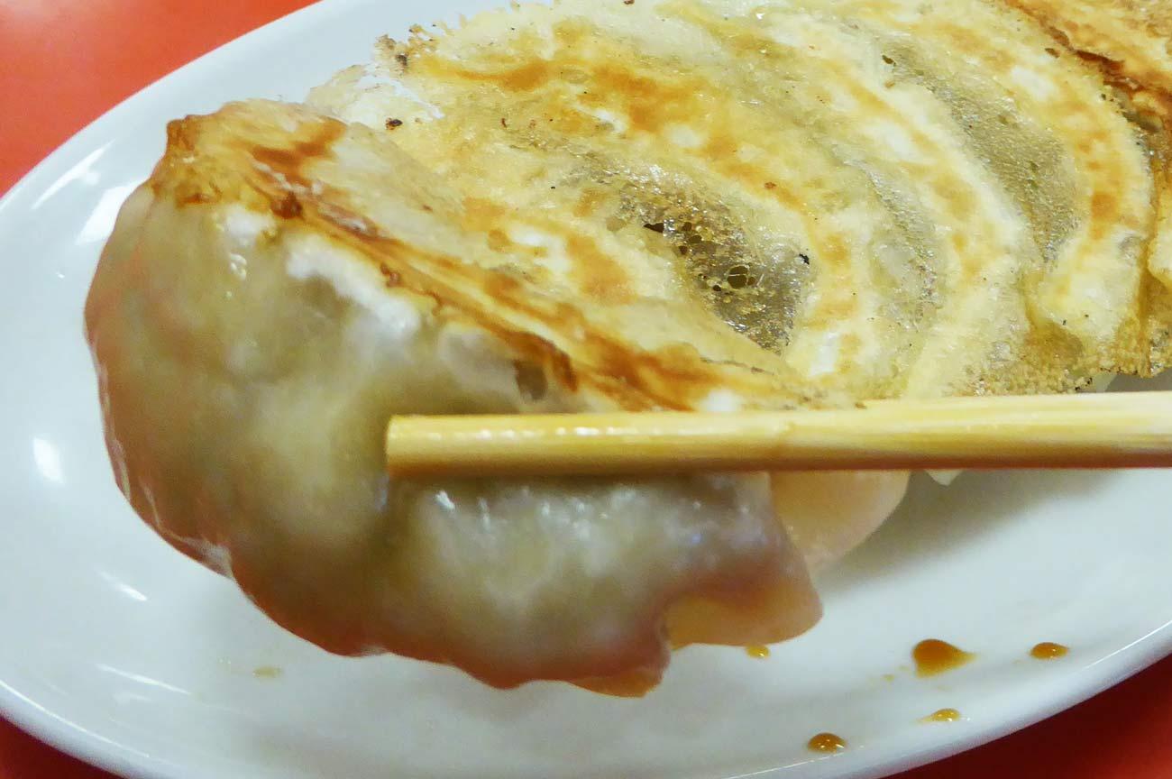 焼き餃子のアップ画像