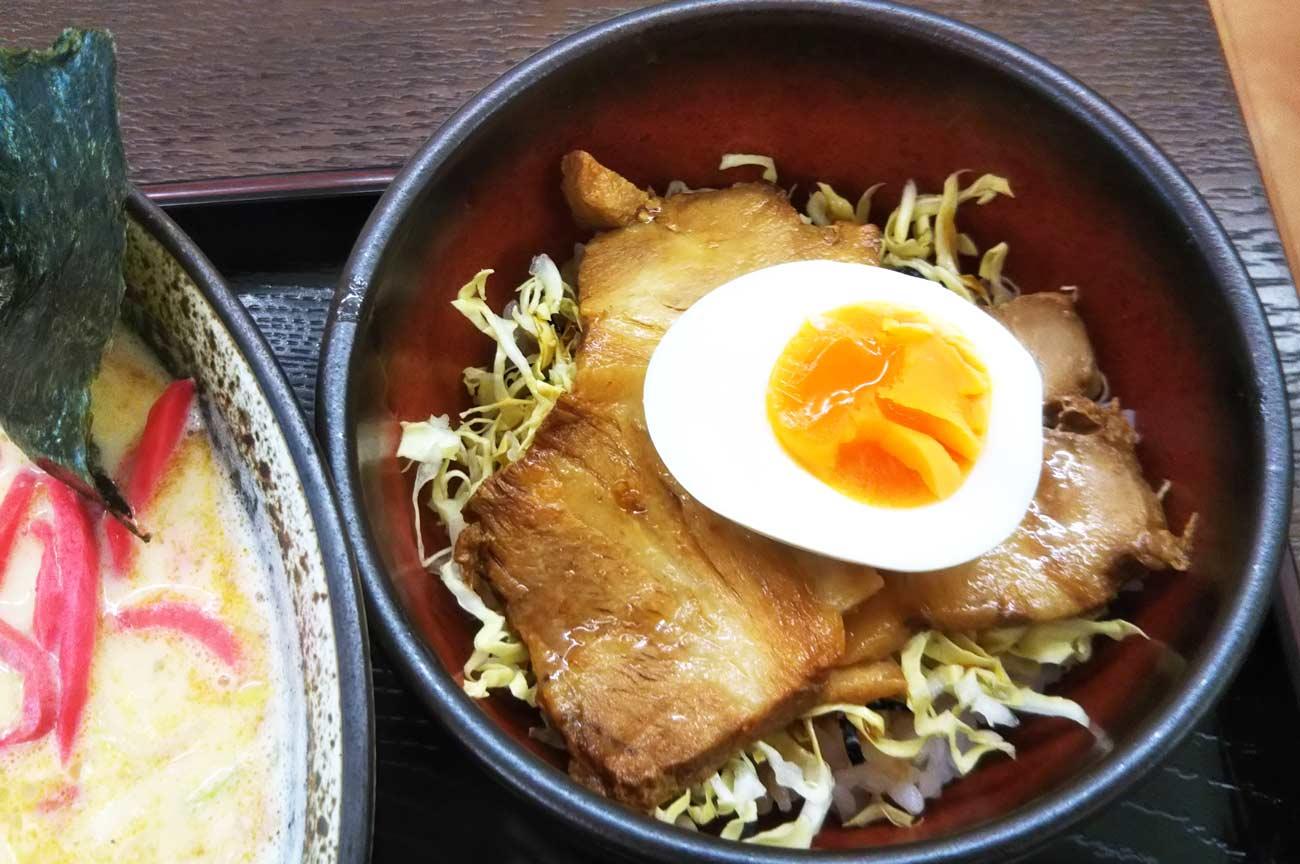 チャーシュー丼の画像