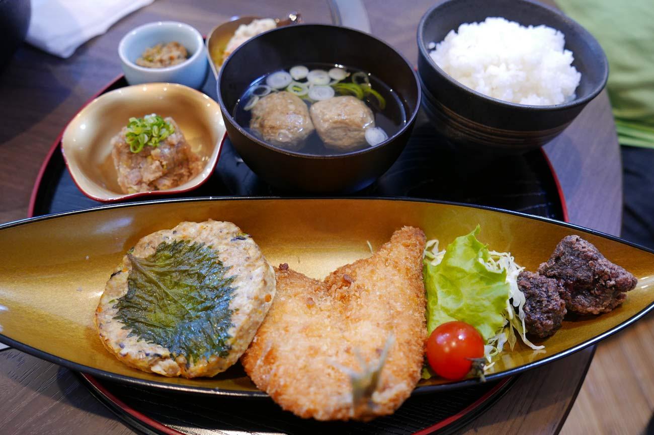 伏姫定食の画像