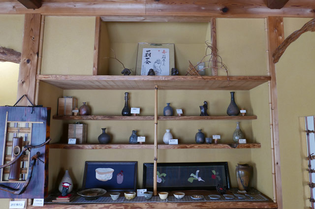 一期屋の陶芸コーナーの画像
