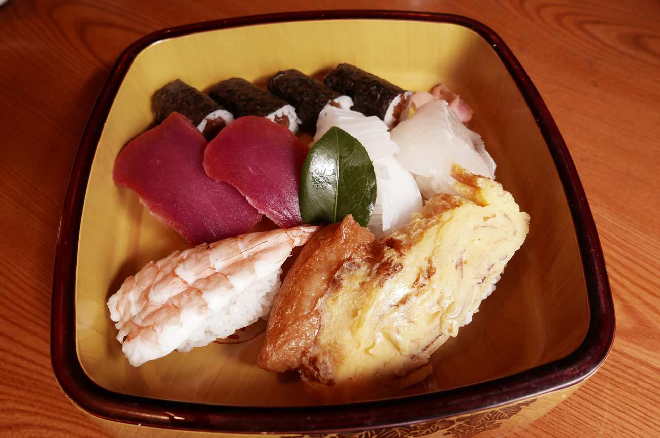なぎさの並寿司の画像