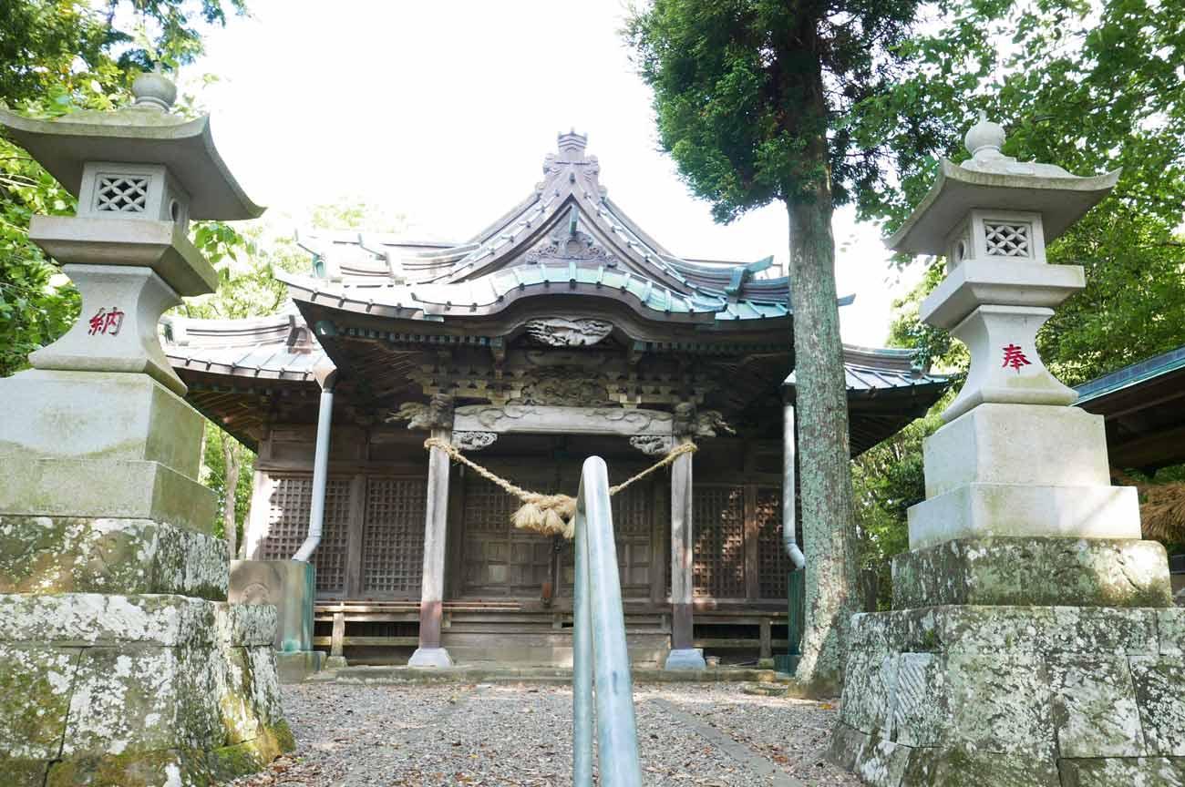 男金神社拝殿の画像