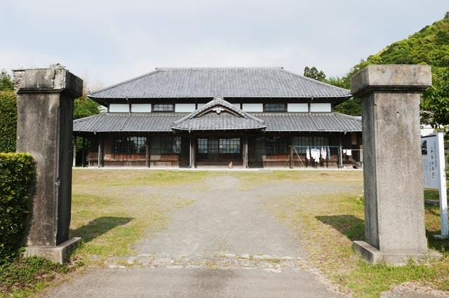 和泉公会堂の画像