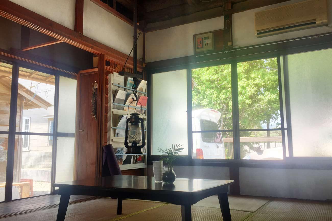 白浜豆腐工房BAITENの座敷の画像
