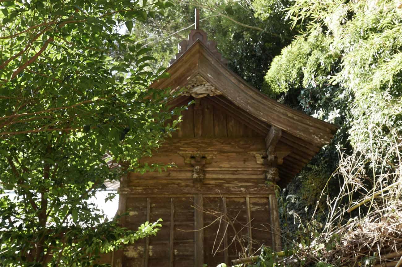 諏訪神社本殿の画像
