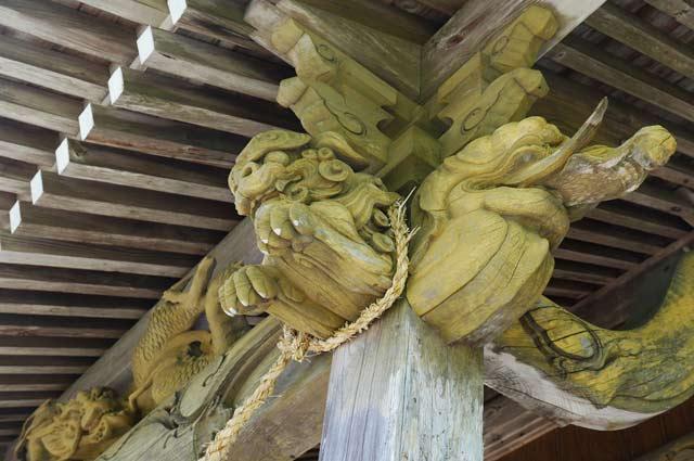 八雲神社木鼻(右)の画像