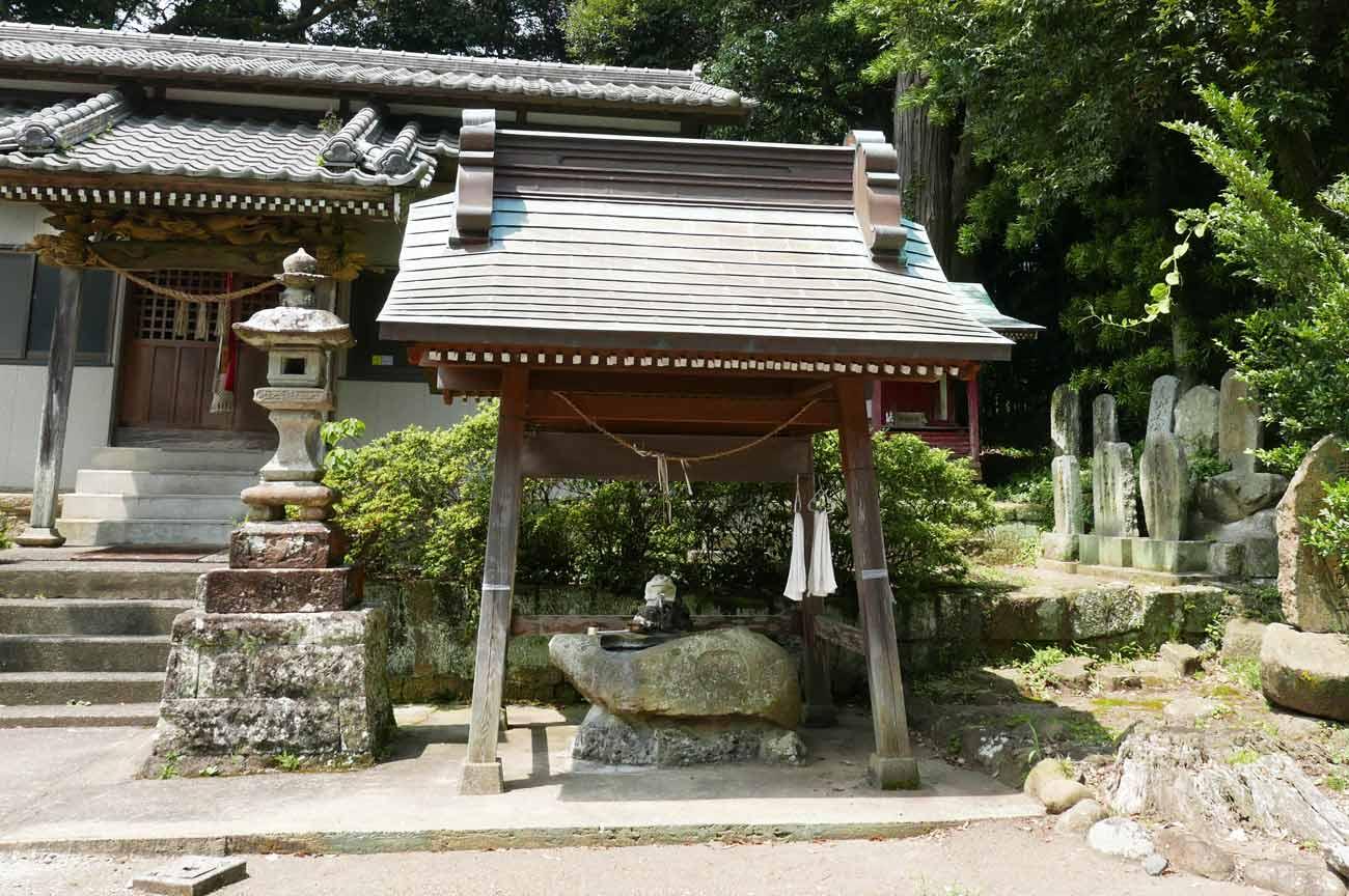 八雲神社手水舎の画像