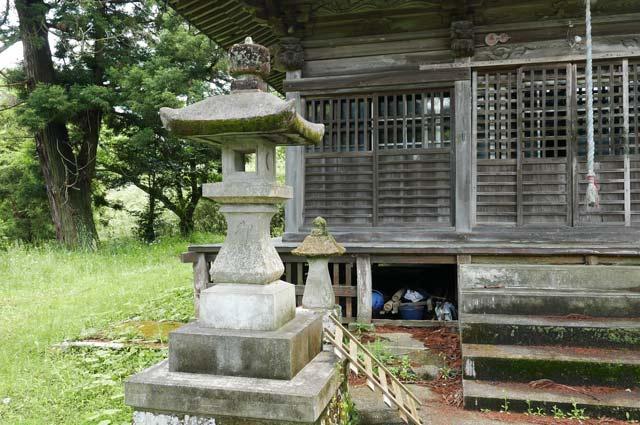 石灯籠(左)の画像
