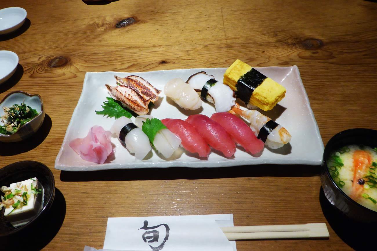 寿司定食の画像