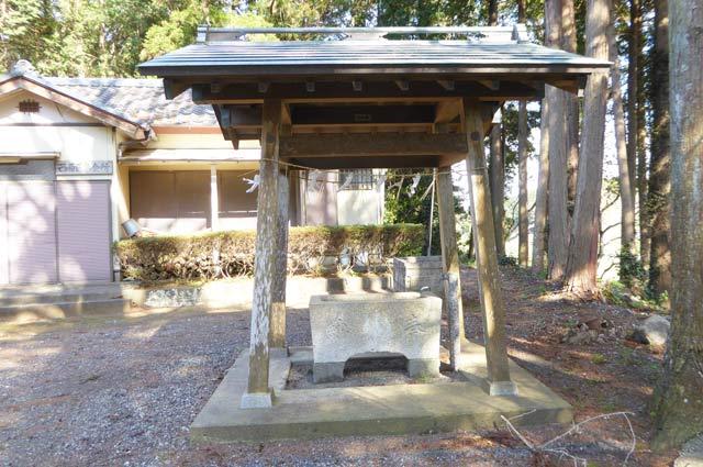西原神社手水舎の画像
