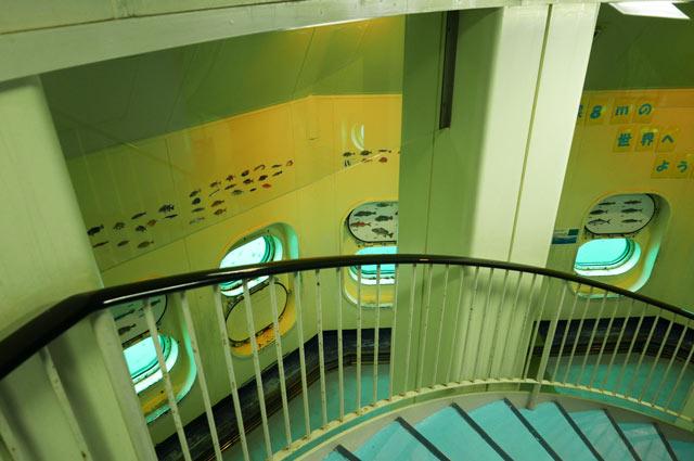 展望塔の階段