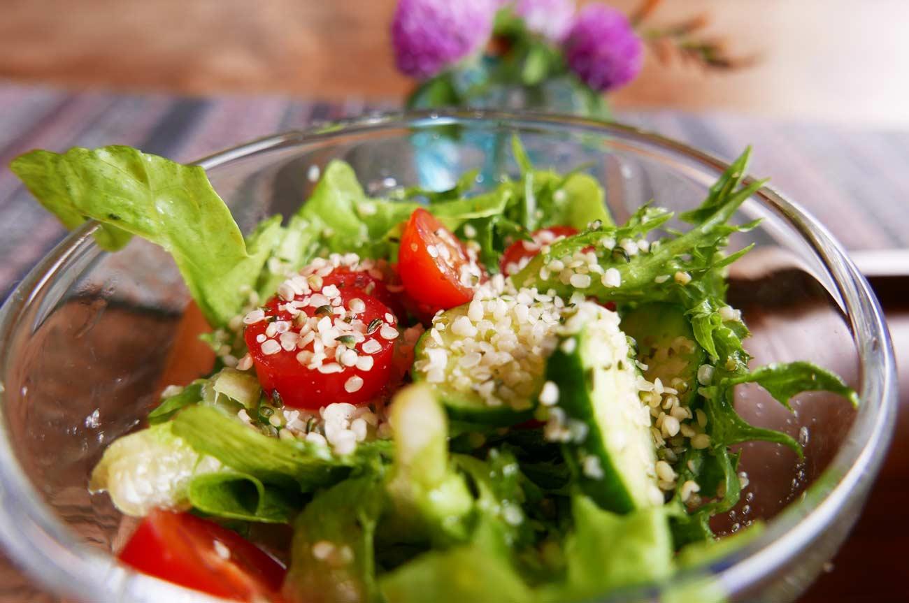 ランチのサラダの画像