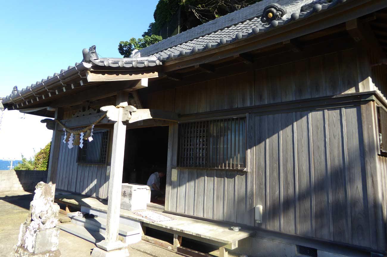 香指神社の拝殿の画像