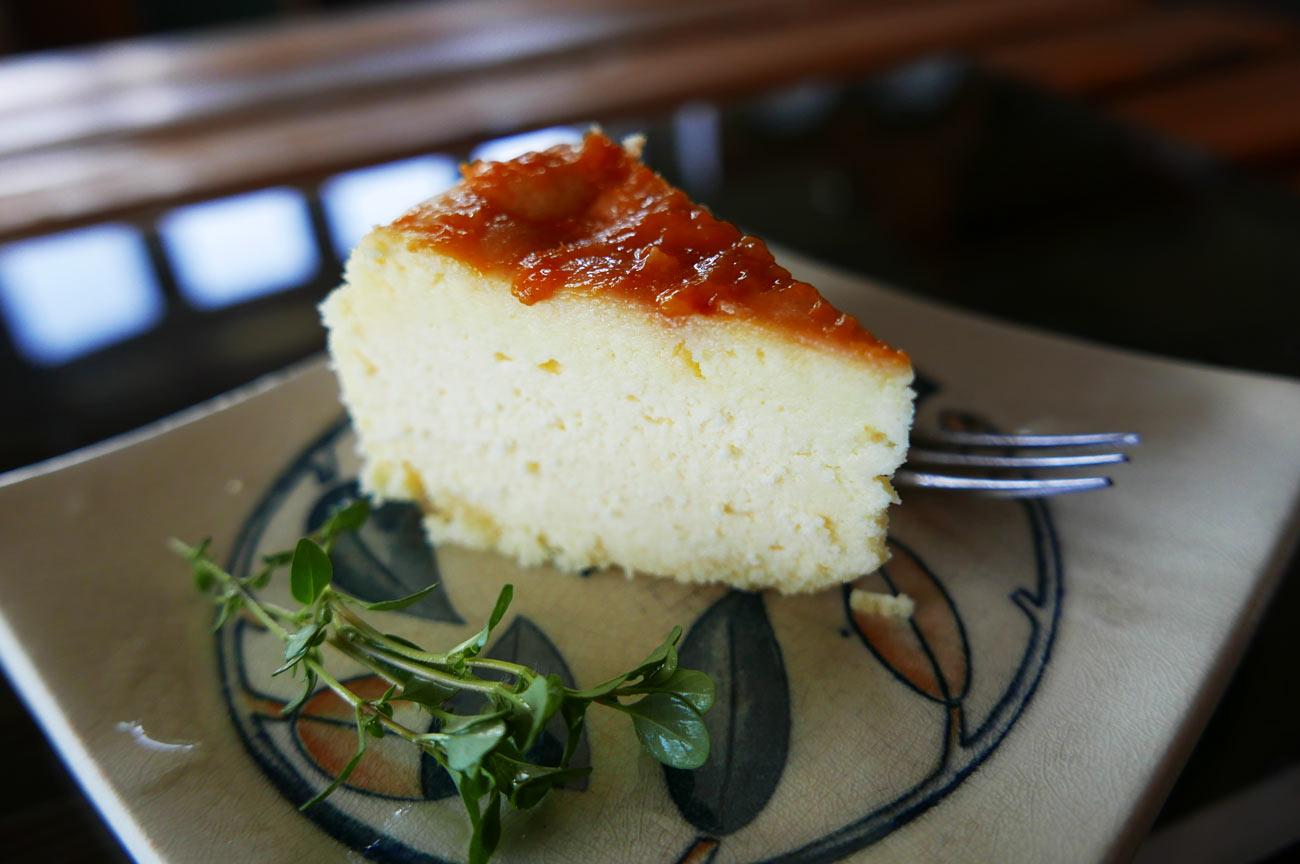 手作りチーズケーキの画像