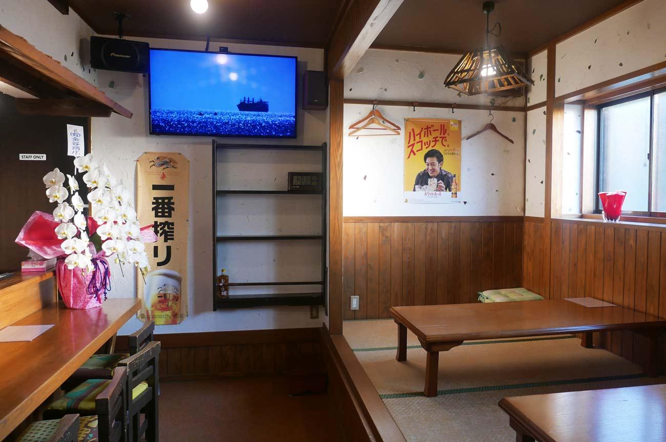 居酒屋MOMOの店内画像