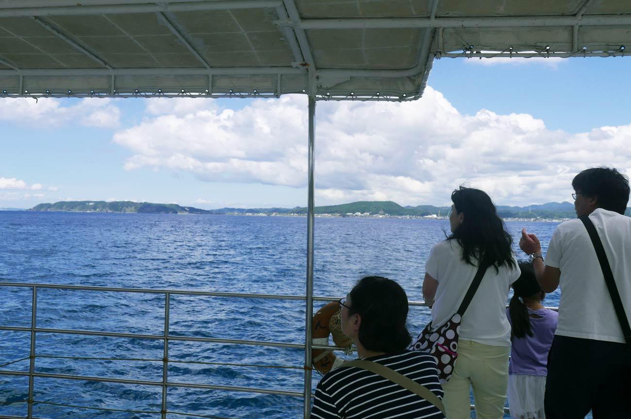 館山海中観光船から見た大房岬