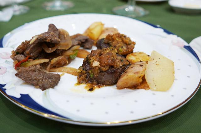 ヒレ肉のステーキ カフェ・ド・パリ風