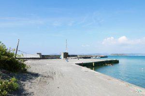 香谷漁港の全景画像