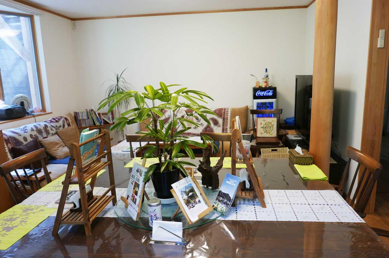 カフェの店内画像